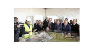 Bouchouareb inspecte les travaux de l'usine du groupe Volkswagen (SOVAC) à Relizane