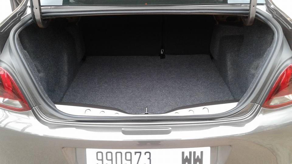 nouvelle Peugeot 301 Algérie 4